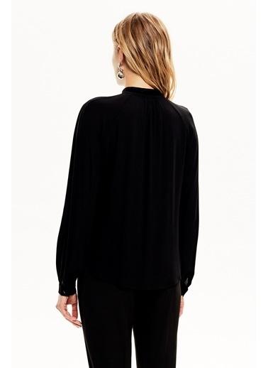 NaraMaxx Fırfır Detaylı Bağcıklı Bluz Siyah